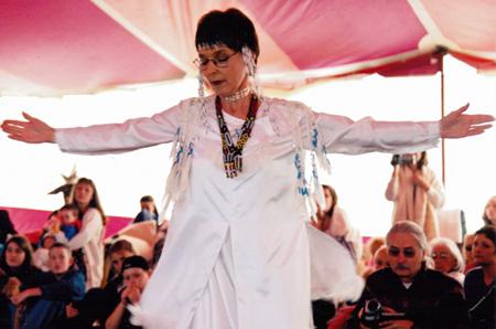 Qaum dancing