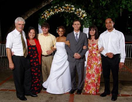 Qaum's sister Carol Jobe and family